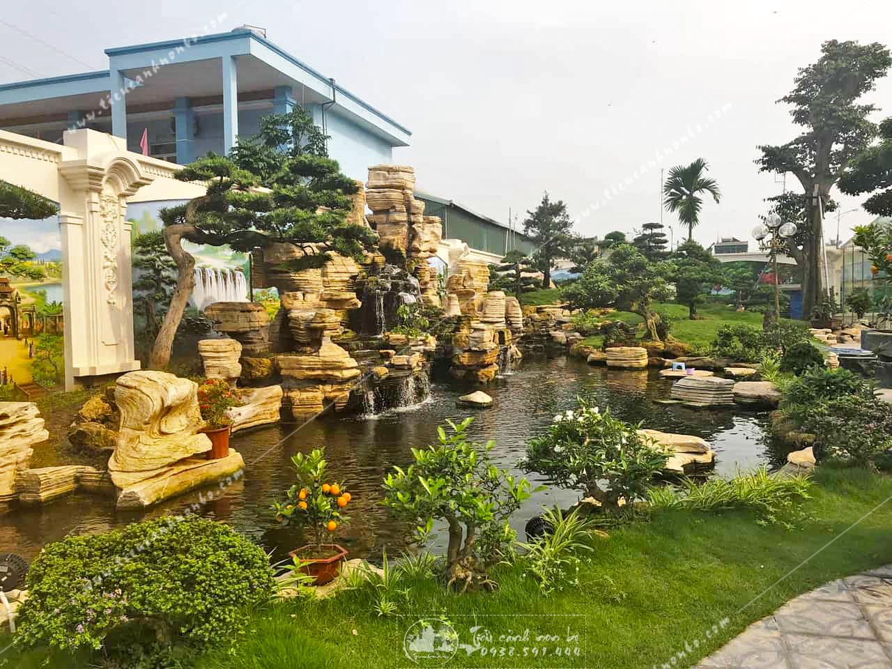 top-9-mau-hon-non-bo-ngoai-troi-dep-va-hop-phong-thuy-nhat-2020 Hòn Non Bộ Sân Vườn Phong Thủy Ngoài Trời